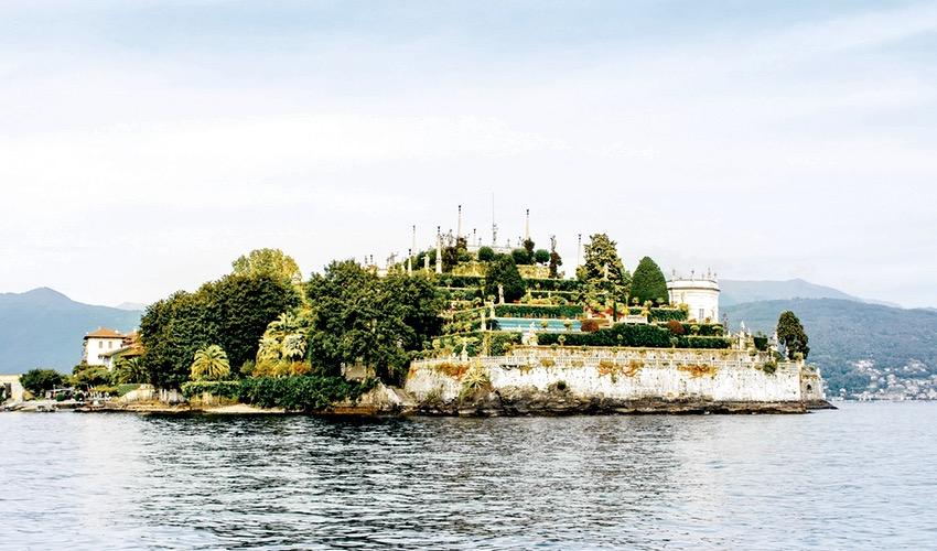 riva rental maggiore lake